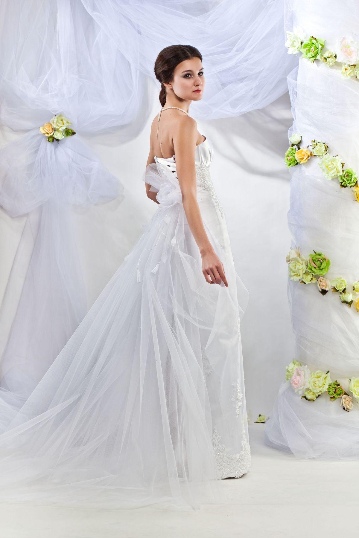 Свадебные платья 2012 коллекции