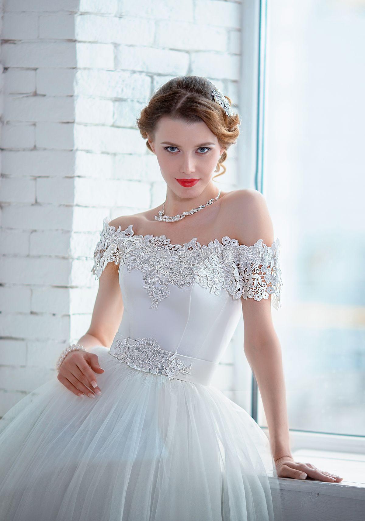Свадебное платье карла маркса